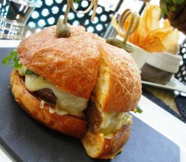 Margaux gourmet burger