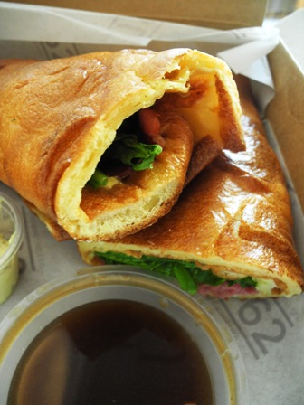 Roast beef Yorkshire pud wrap