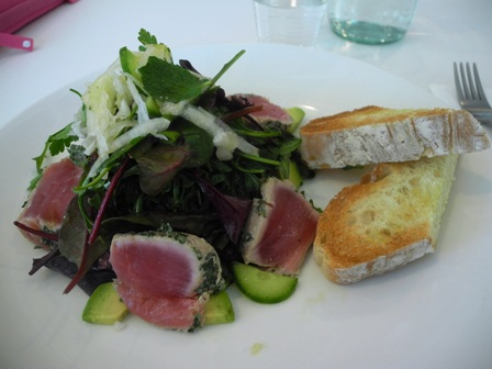 Make seared tuna with soy-mirin salad