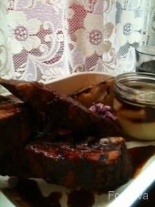 Pitt Cue Co - pulled pork with bone marrow mash