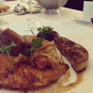 Roast chicken with foie gras