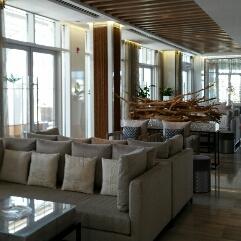 Catch Abu Dhabi - interior