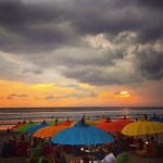 Bali - Seminyak beach for sundowners - Bali restaurants - Foodiva