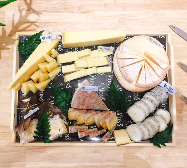 French cheese board - French cheese - FooDiva