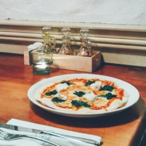 Red Tomato - Pizzas in Dubai - FooDiva - #WhereToEatPizzaUAE