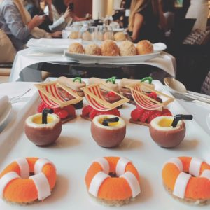 Summer-inspired afternoon tea at the Park Hyatt Paris-Vendome - French patisserie - FooDiva